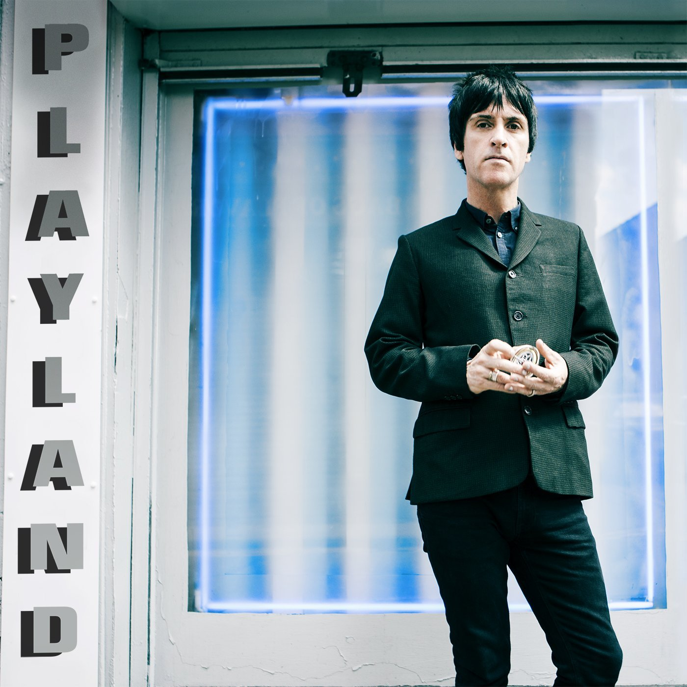 "Johnny Marr Debuts New Song ""Easy Money"" And Reveals The Cover Of His New Album Playland"