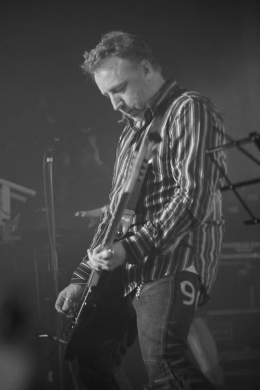 Hooky Bass Eric Swalens Black and white