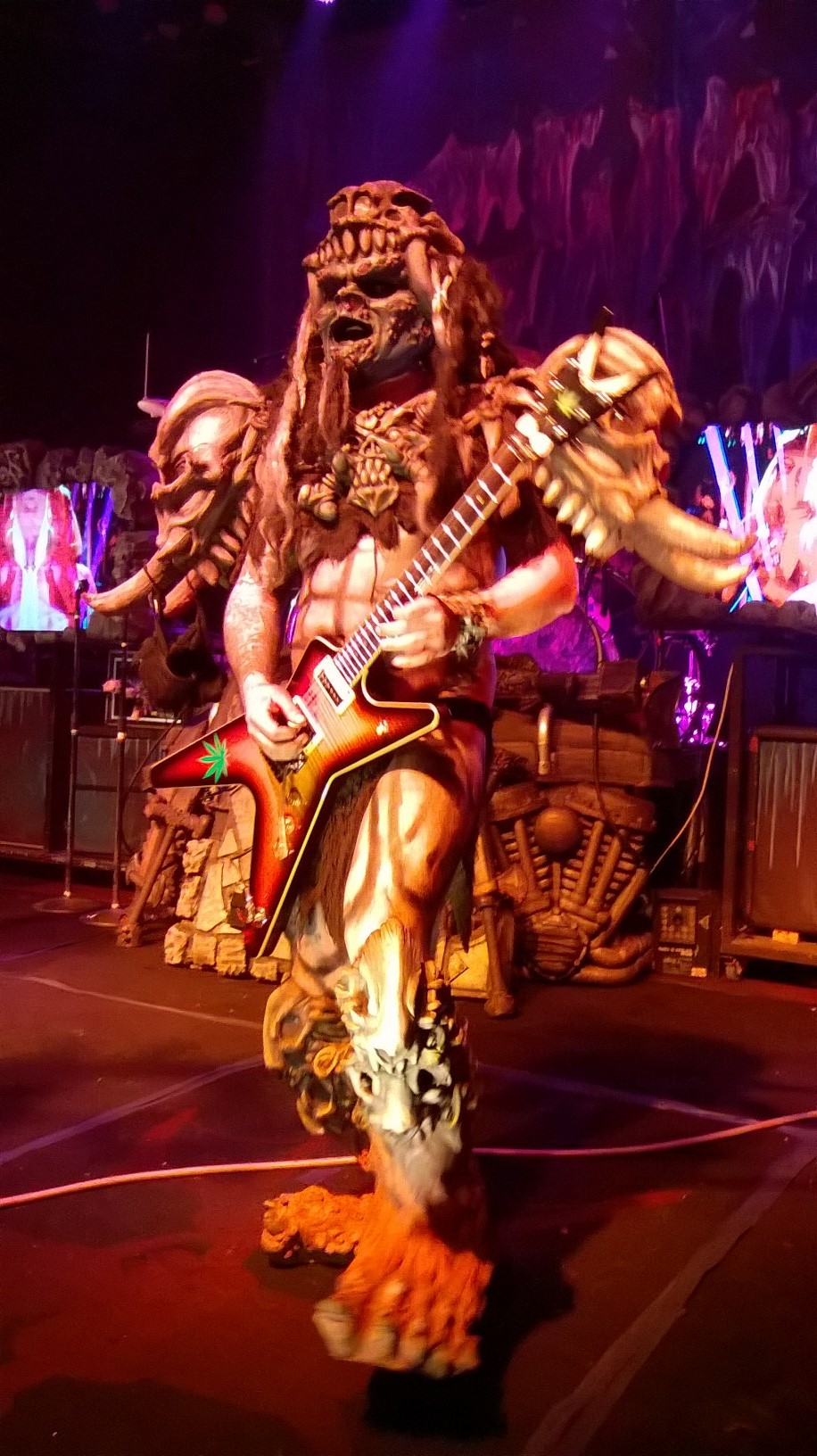 """Playing Guitar And Plumbing"": Gwar's Pustulus Maximus Talks To Stereo Embers"