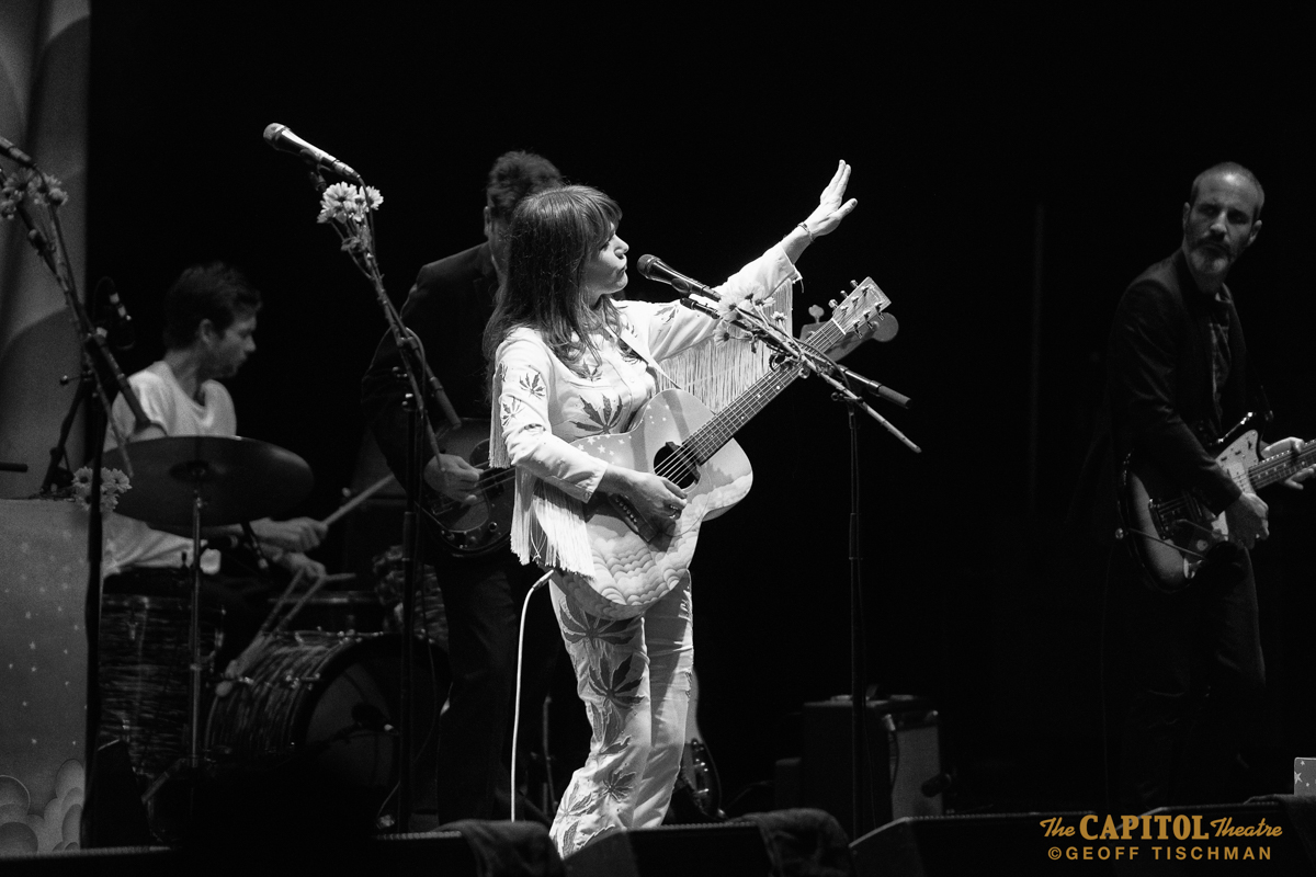 Jenny Lewis And The Watson Twins Live At The Capitol Theatre, New York