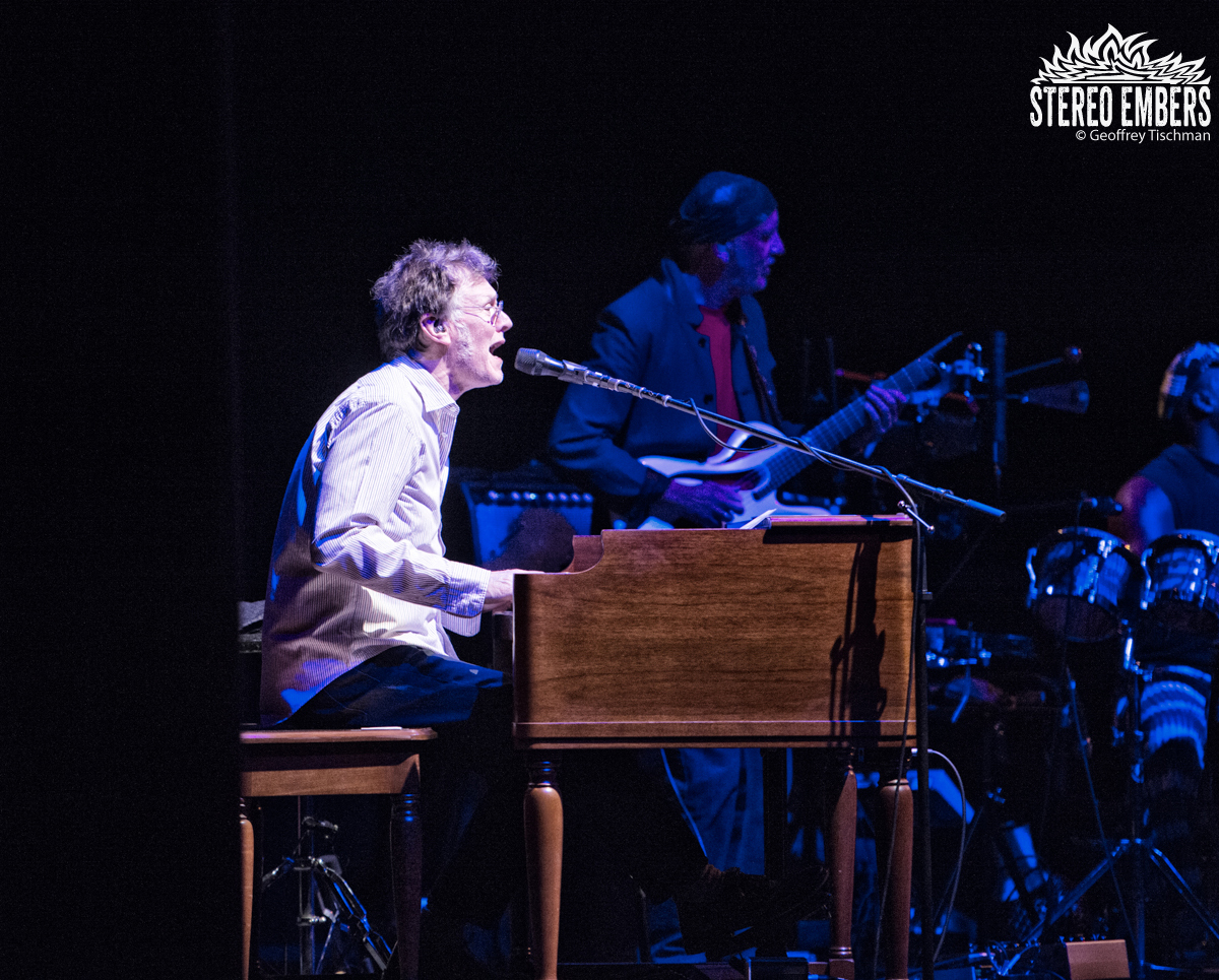Steve Winwood To Release Winwood: Greatest Hits Live