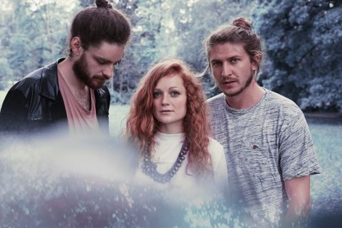 "Stereo Embers' Video Premiere: Marylane's ""In My Head"""