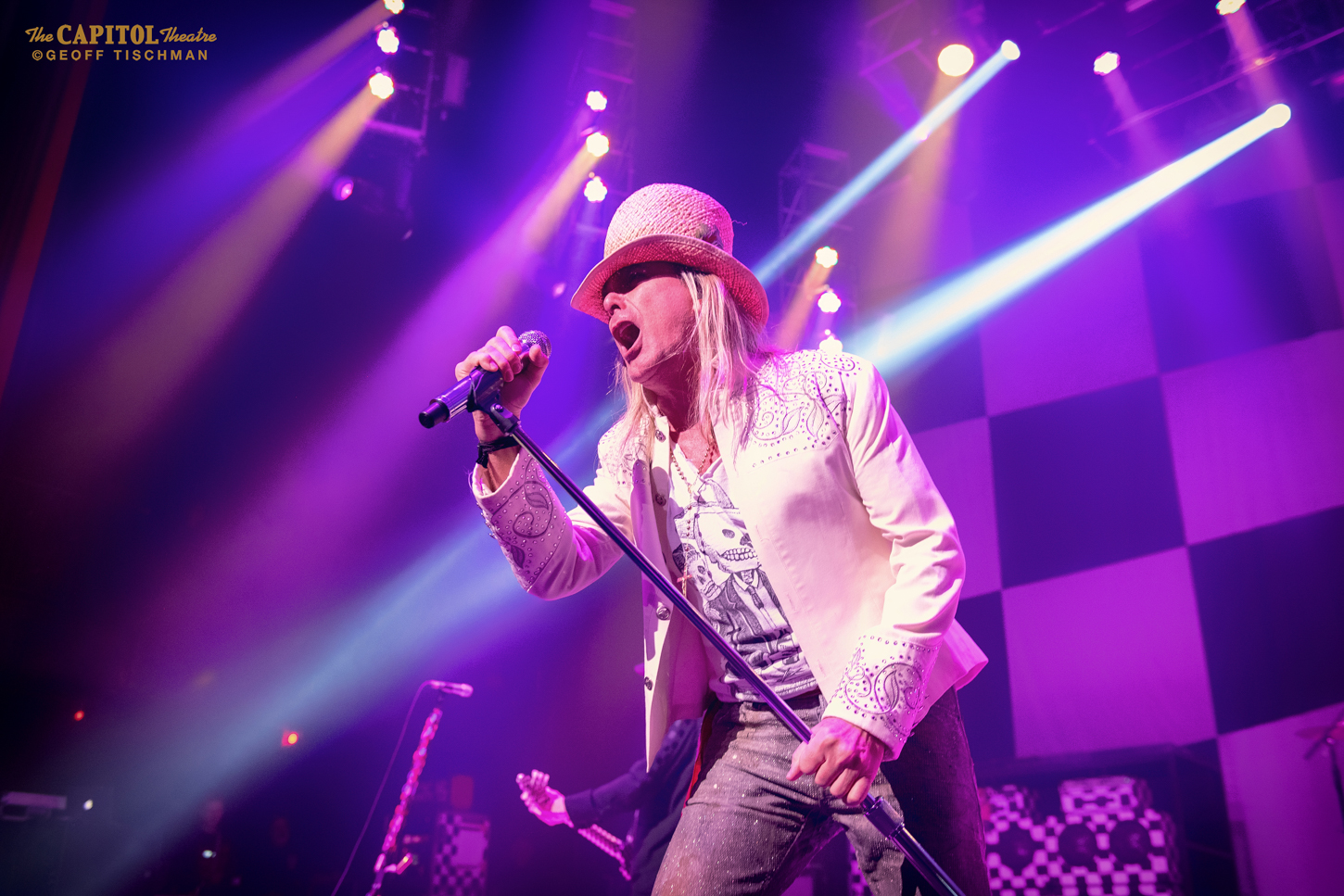 Evergreen Pop Majesty: Cheap Trick Live In New York