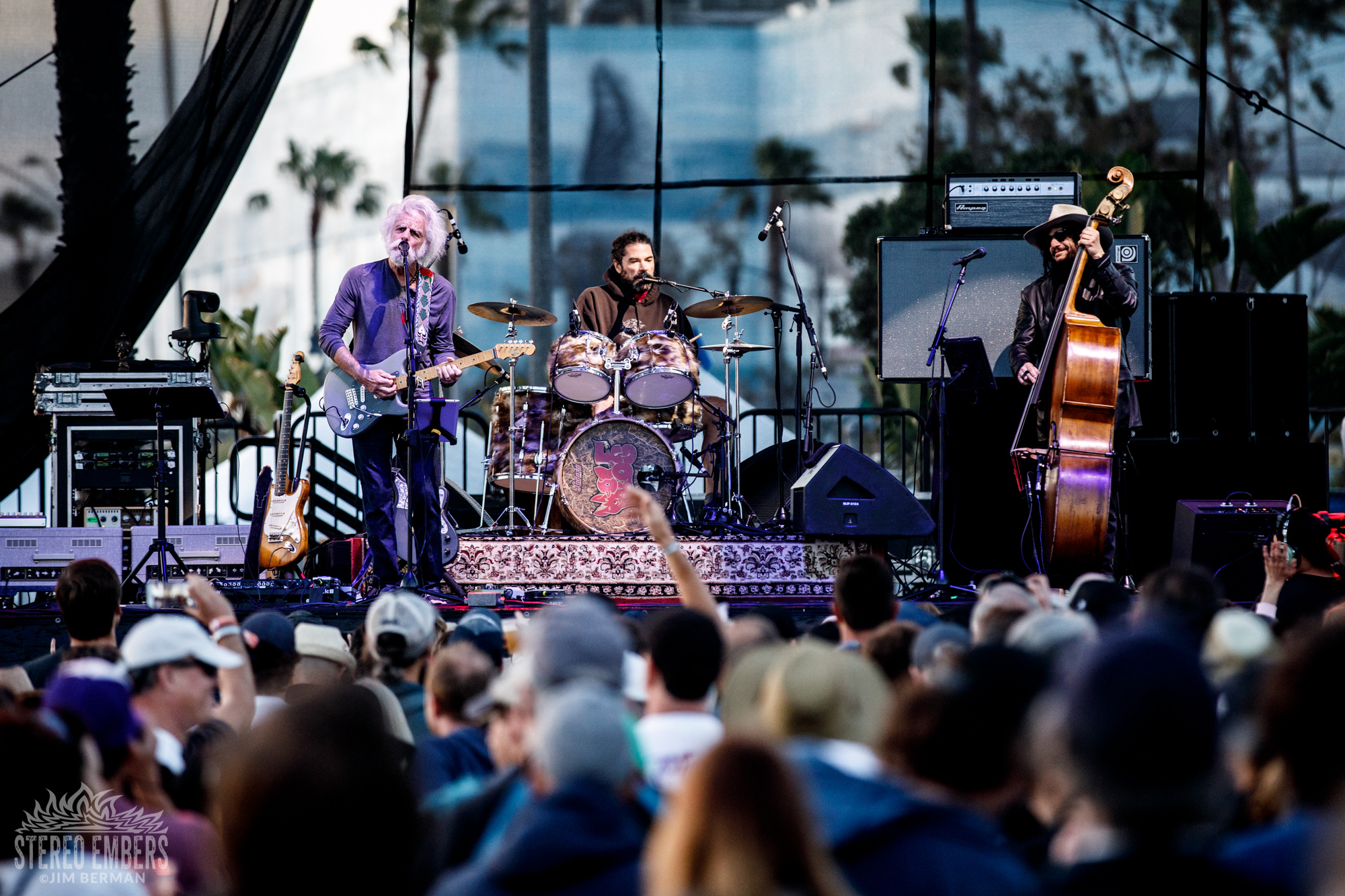 Groovy Spring: Bob Weir & Wolf Brothers Live At The BeachLife Festival