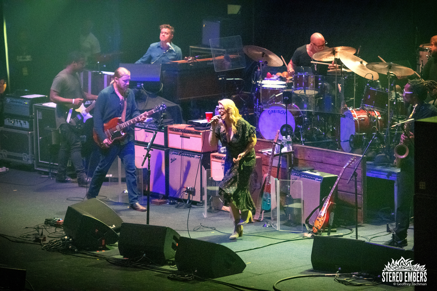 Right On Time: Tedeschi Trucks Band Live At The Beacon